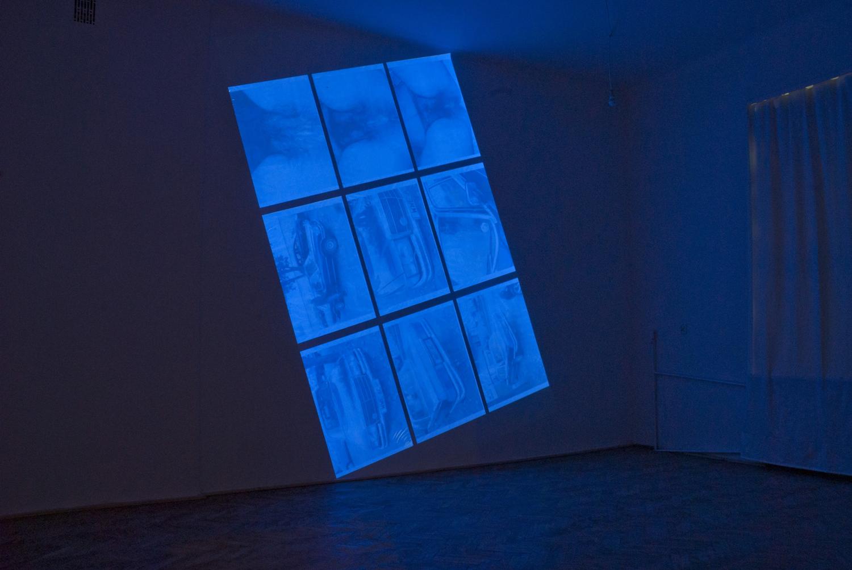 Tomasz Saciłowski, Fala/fragment, slideshow, 2016, ekspozycja nawystawie D2T2 wgalerii Piktogram