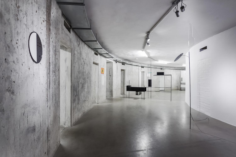 Kontrola jakości iweryfikacja standardu, widok wystawy, dzięki uprzejmości Muzeum Współczesnego Wrocław