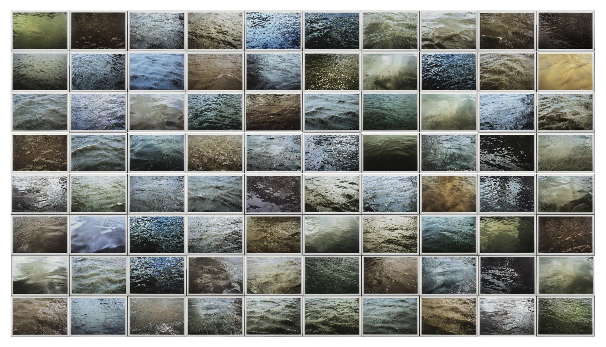 Roni Horn, Some Thames, 2000