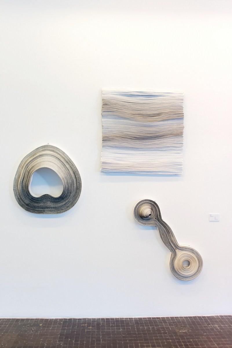 Natalia Jamróz, Papierówki, papier, grafit, 2016