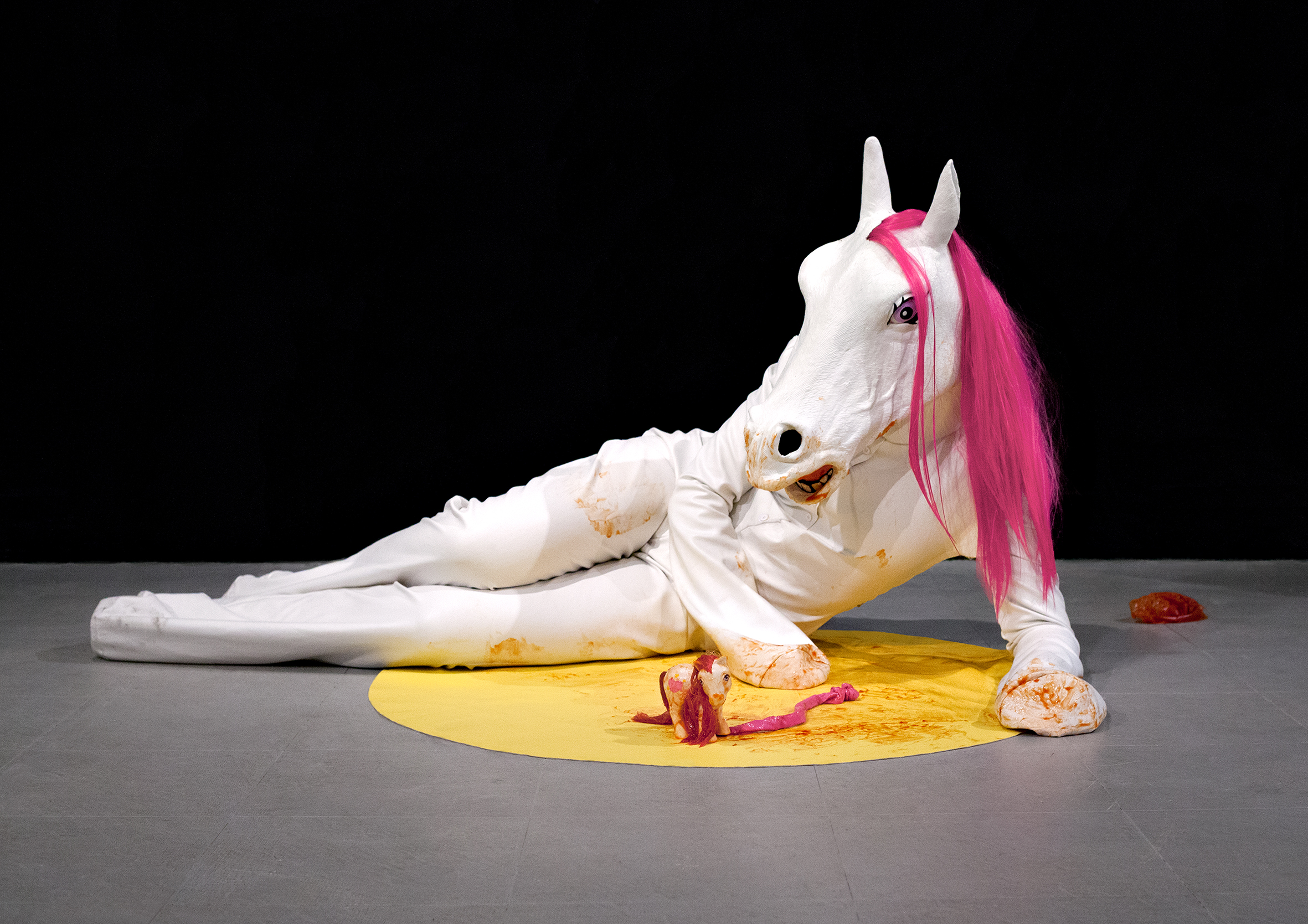 Anja Carr, Performance: My little me; Performance International Festival '15, Miami, 2015