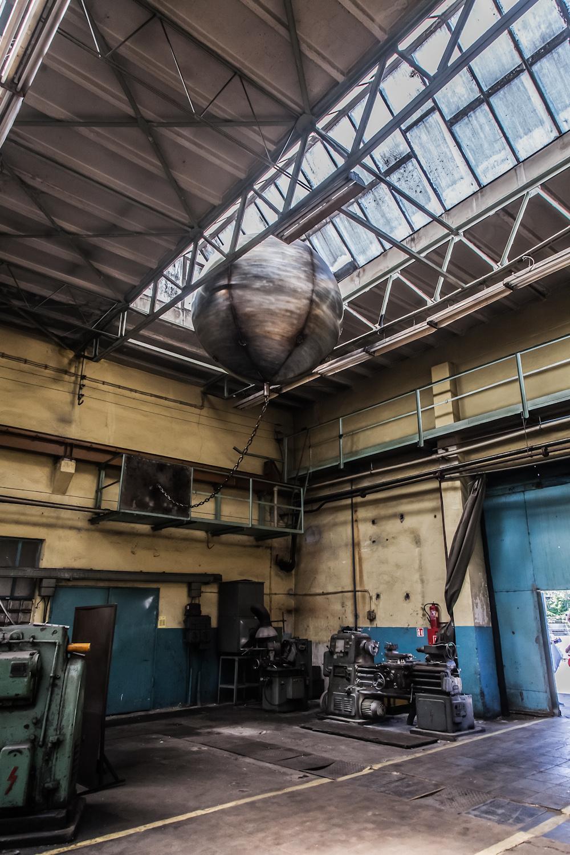 Mikołaj Smoleński, Wrecking ball(oon), instalacja
