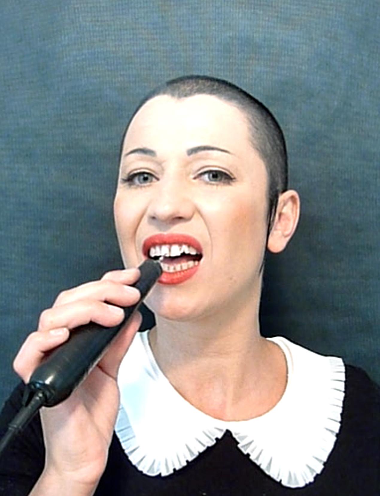 Aleksandra Ska, Bezproduktywna, video, 2011