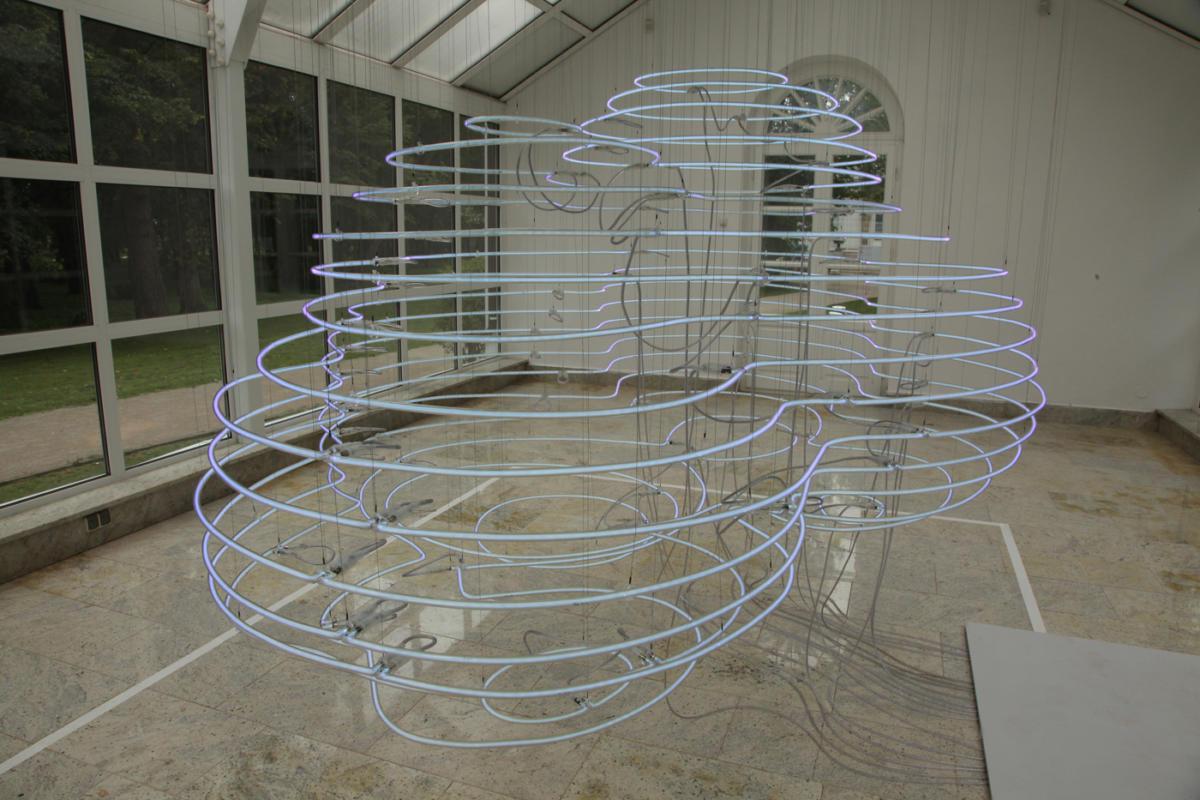 """Konstruując chmury"" Thorstena Goldberga wCentrum Rzeźby Polskiej wOrońsku / ""Constructing Clouds"" byThorsten Goldberg at Centre of Polish Sculpture in Orońsko"