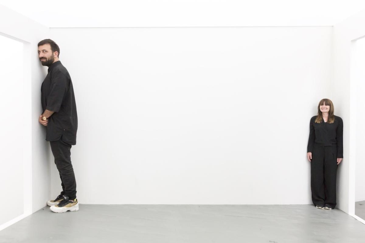 """The Show is Over (Öğüt & Macuga: Episode 2)"" Ahmeta Öğüta iGoshki Macugi wWitte de With Center for Contemporary Art [PL/ENG]"