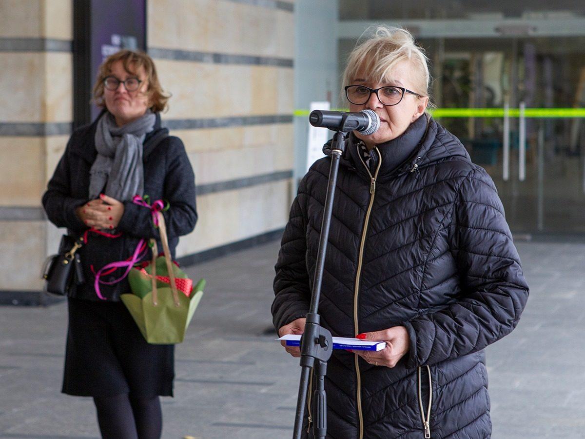 Dyrektorka GSW Opole Anna Potocka po26 latach żegna się zgalerią