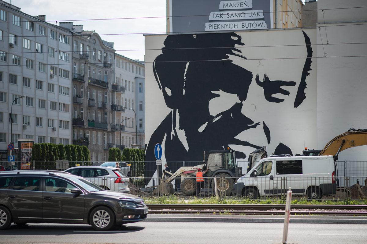 Cień Jacka Kuronia. Wokół muralu Wilhelma Sasnala